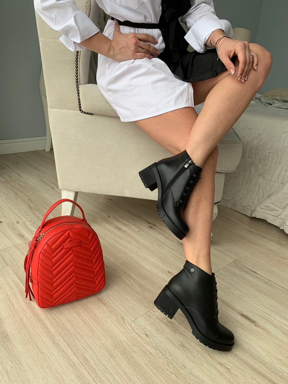 Купить со скидкой Ботинки женские кожа