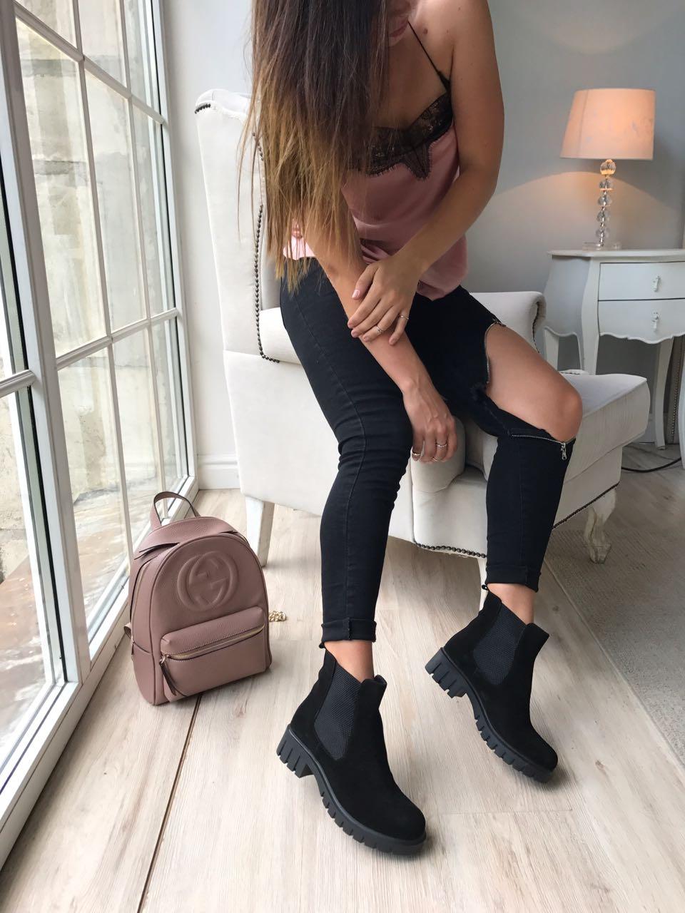 Фото #1: Ботинки женские замша