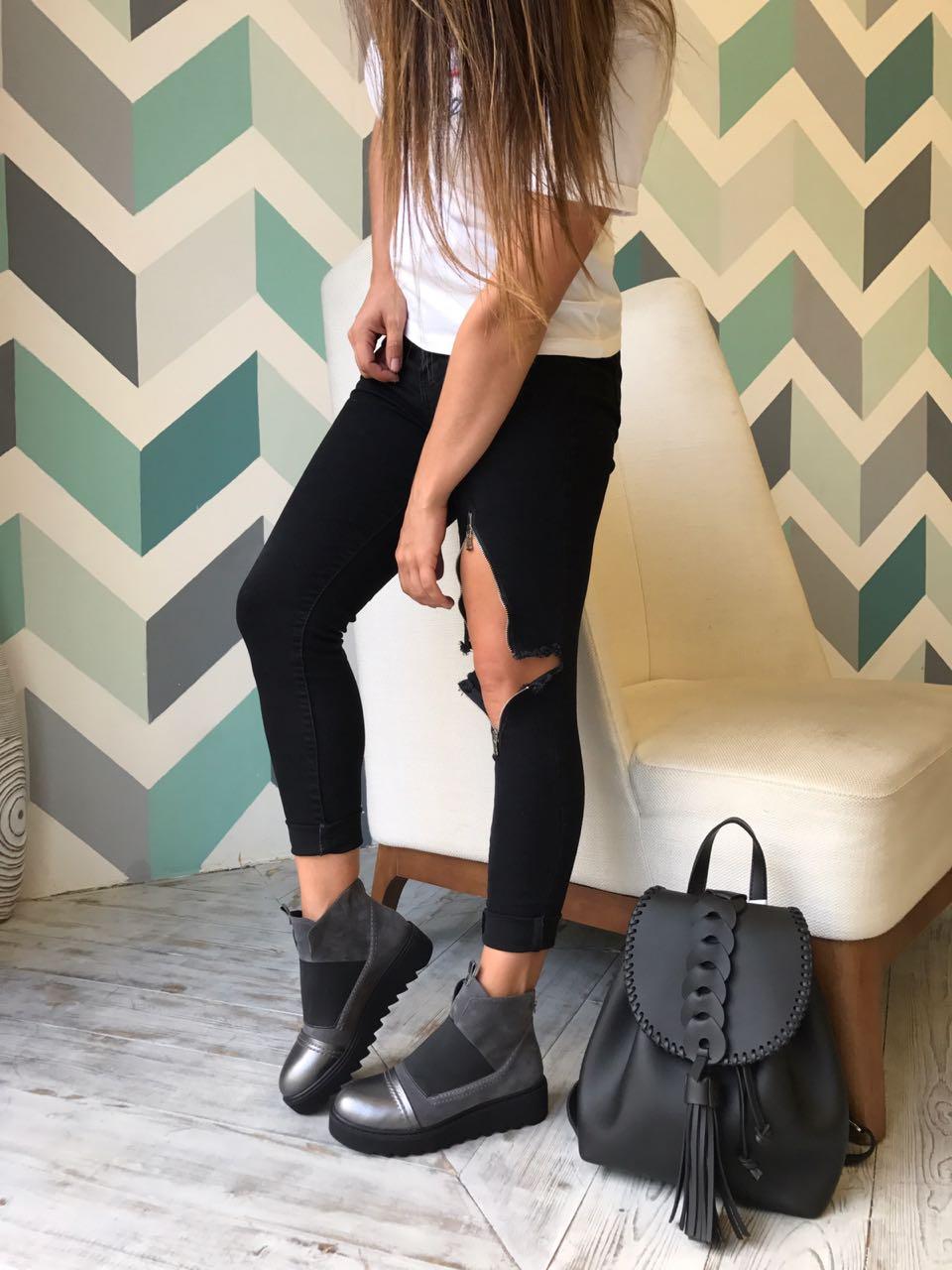 Купить со скидкой Ботинки женские замша